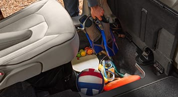 2017 Chrysler Pacifica In Floor Storage Thumb