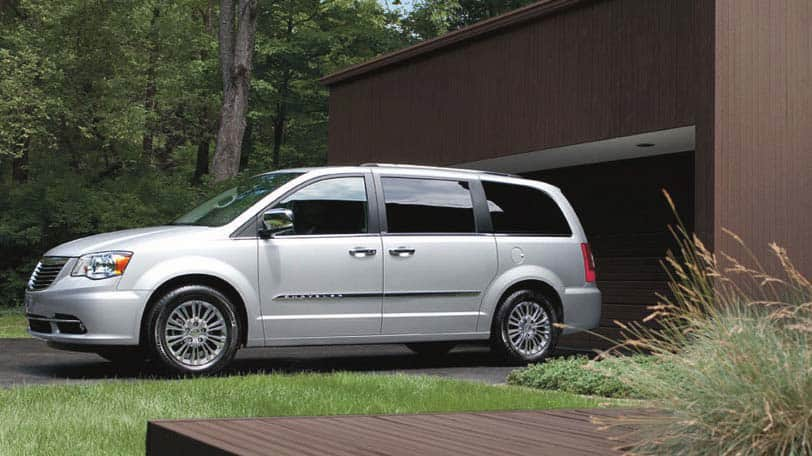 2015 Chrysler Town & Country for sale near Raleigh, North Carolina