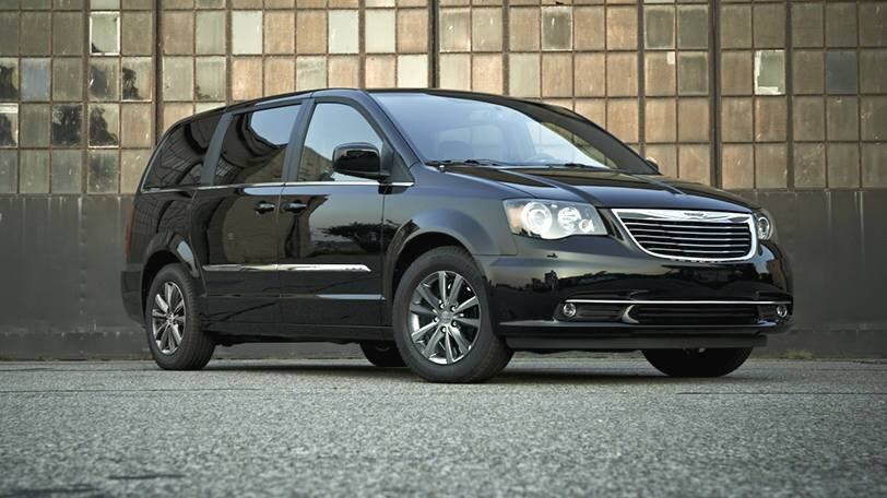 Find A Quality Pre Owned Chrysler Town And Country At The Clint Bowyer Autoplex In Emporia