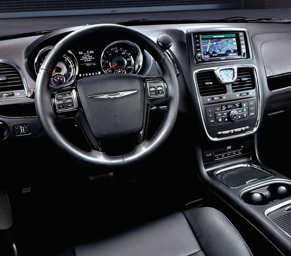 2016 Chrysler Town & Country Minivan