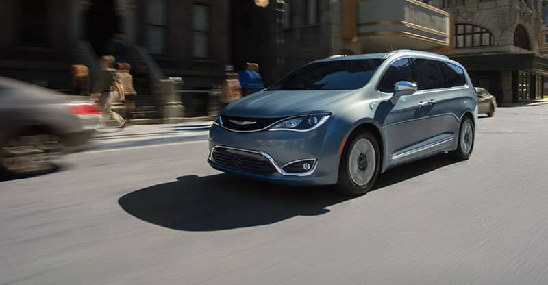 Excellent 2017 Chrysler Pacifica  Family Minivan