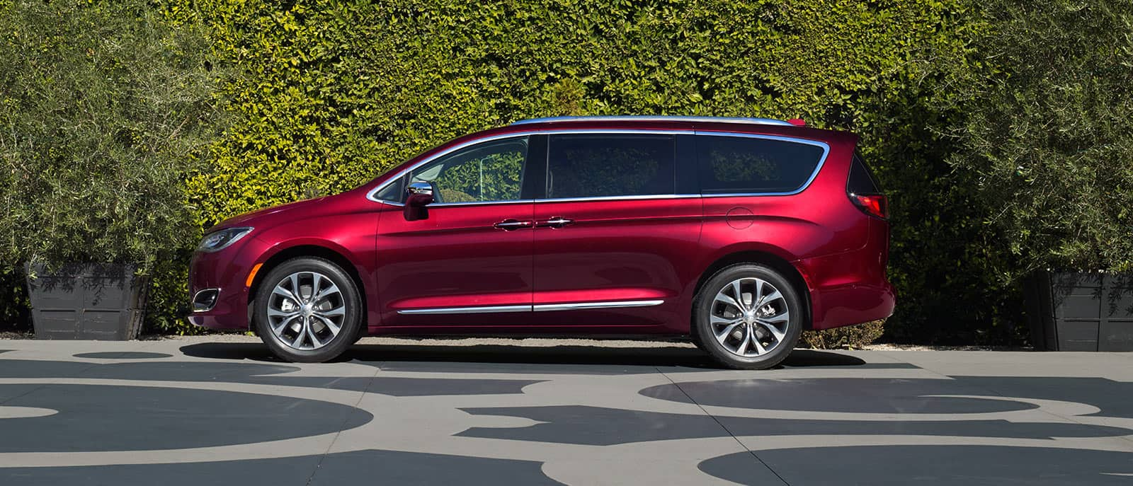 New 2017 Chrysler Pacifica For Sale Near Detroit Mi Dearborn Mi Lease Or Buy A New 2017