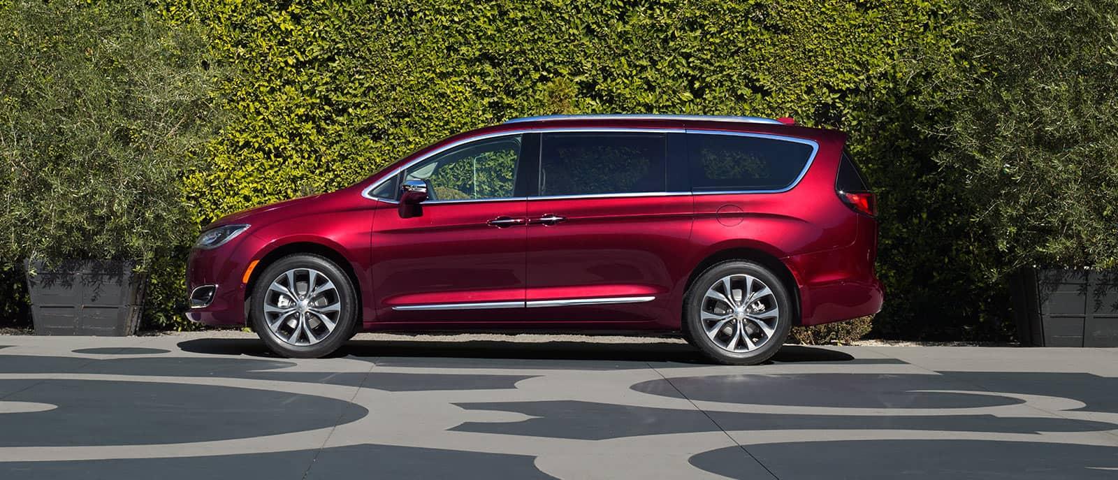 New 2017 Chrysler Pacifica For Sale Near Detroit Mi