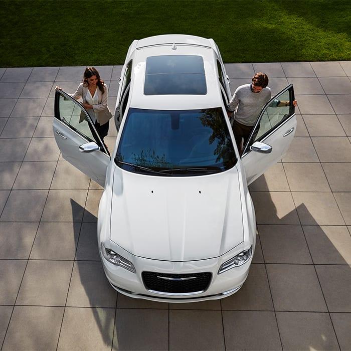 Chrysler 300 Mpg >> 2019 Chrysler 300 An Icon Of American Ingenuity