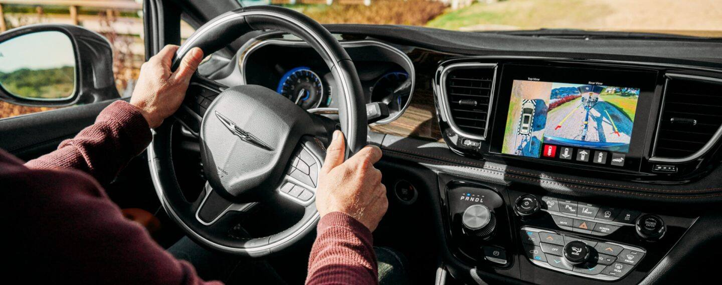 Uconnect - Chrysler Uconnect System Voice Command Features